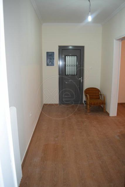 Ενοικίαση επαγγελματικού χώρου Πειραιάς (Ταμπούρια) Διαμέρισμα 95 τ.μ. ανακαινισμένο