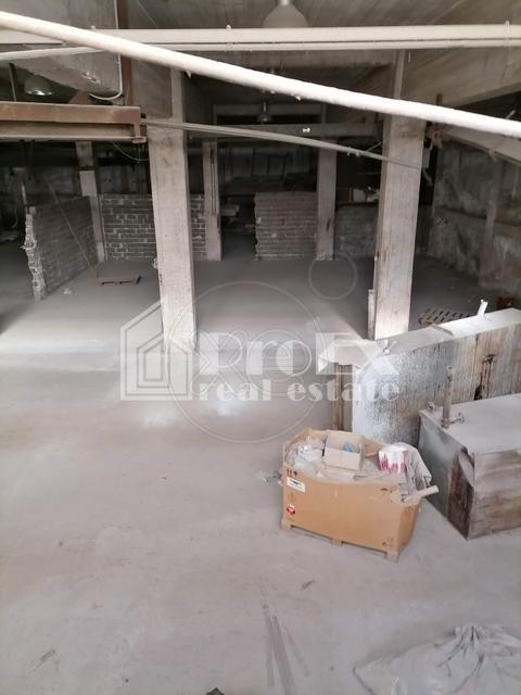 Ενοικίαση επαγγελματικού χώρου Ταύρος Αττικής (Βιομηχανική Ζώνη Πέτρου Ράλλη) Αποθήκη 750 τ.μ.