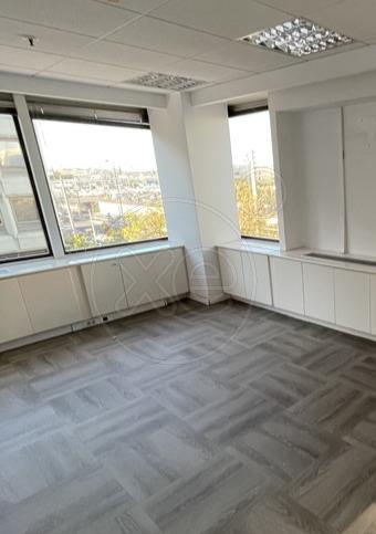 Ενοικίαση επαγγελματικού χώρου Μαρούσι (Σωρός) Γραφείο 130 τ.μ.