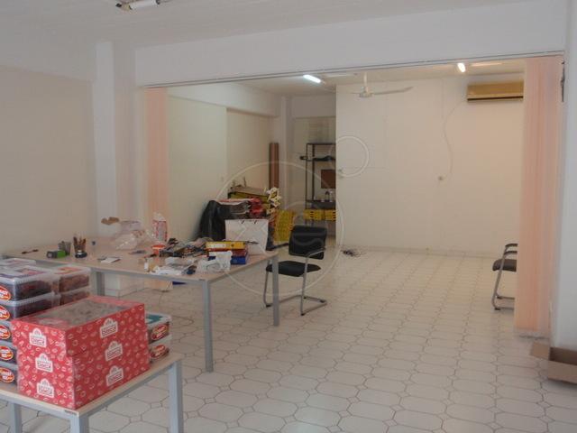 Ενοικίαση επαγγελματικού χώρου Καλλιθέα (Τζιτζιφιές) Επαγγελματικός χώρος 61 τ.μ.