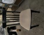 Καρέκλες εστιατορίου - Νέα Φιλαδέλφεια