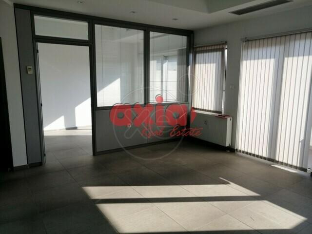 Ενοικίαση επαγγελματικού χώρου Καβάλα Γραφείο 52 τ.μ. ανακαινισμένο